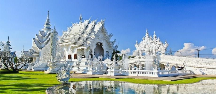 White Temple + Baan Dam Museum + Blue Temple